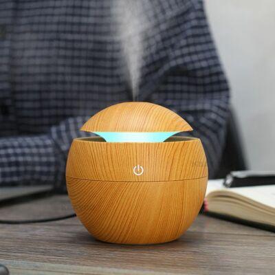 Fa hatású mini aromaterápiás párologtató, ultrahangos párásító, illatosító - világosbarna gömb