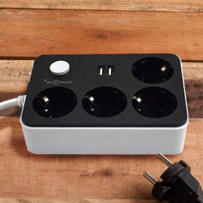 Kapcsolós hálózati elosztó 2db USB csatlakozóval és 4 db aljzattal, 1.8m vezetékkel