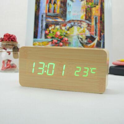 Fa hatású digitális ébresztőóra hőmérővel, zöld számokkal - világosbarna