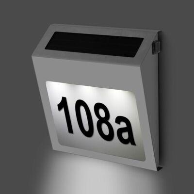 Napelemes házszámtábla LED háttérvilágítással - rozsdamentes inox kerettel