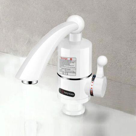 Fehér átfolyós vízmelegítő csaptelep 3 kW teljesítménnyel, függőleges csatlakozóval