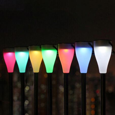Leszúrható napelemes LED világítás készlet, fehér és RGB üzemmóddal, 6 db